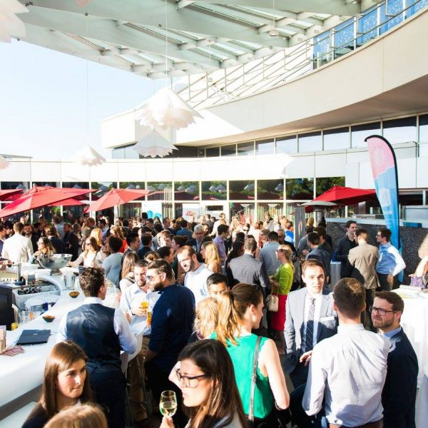 5 ways to network better at events